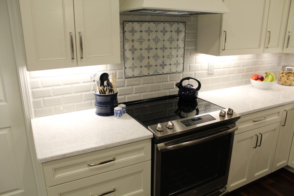 Willoughby Kitchen Design - Range And Countertop - Gerome's Kitchen And Bath