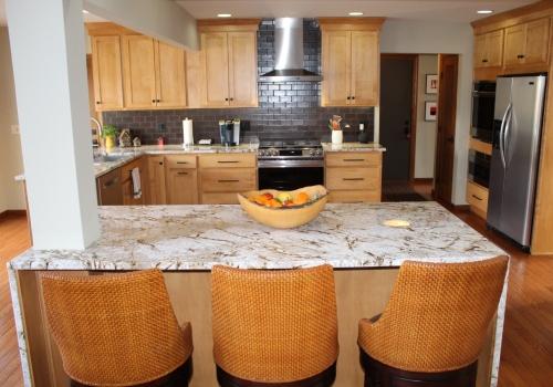 Top Kitchen Design - Center Island - Gerome's Kitchen And Bath